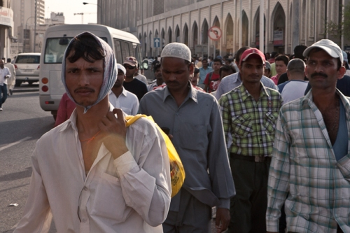 Migrant workers, Doha (© 2011 Sam Tarling)