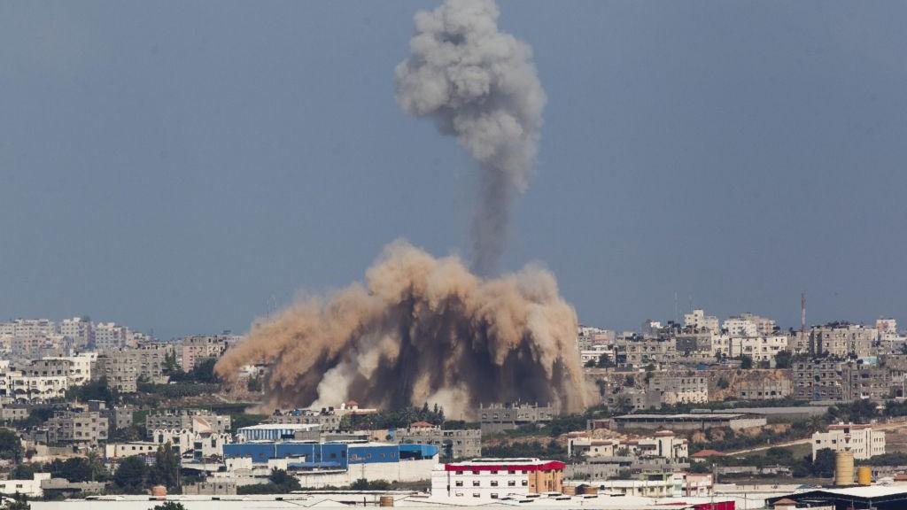 Gaza, July 9 2014 (photo:  Yonatan Sindel/Flash90)