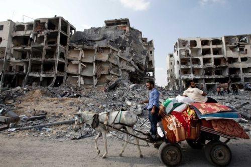 Northern Gaza, August 5 2014 (photo: AFP/Mahmud Hams)