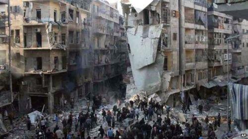 Barrel bomb attack, Aleppo, December 2013 (photo: Aleppo Media Centre)
