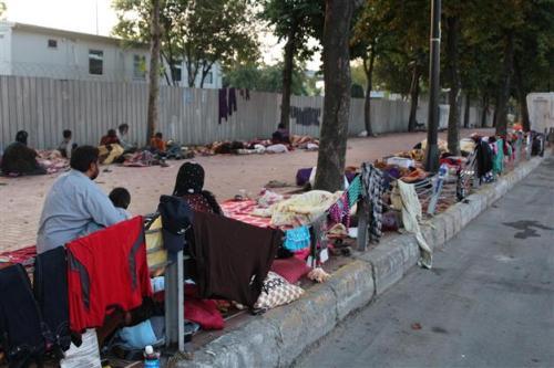 Syrian refugees, Istanbul (photo credit: DHA Photo/Hakan Kaya)